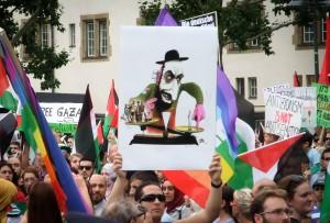 14-07-25 Stuttgart - Antizionism ist not Antisemitism - Und die Erde ist eine Scheibe